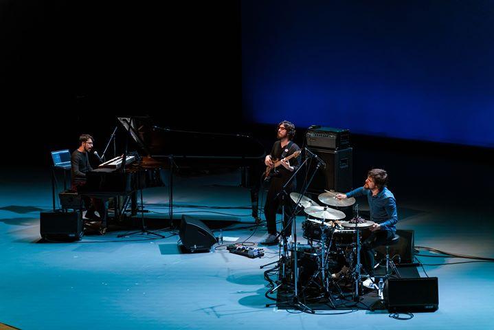 Concerto Porta-Jazz | António Loureiro Livre Trio (domingo, 18h)