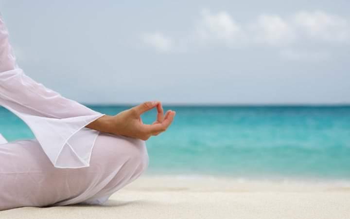 Aula Yoga Adultos - Estoril