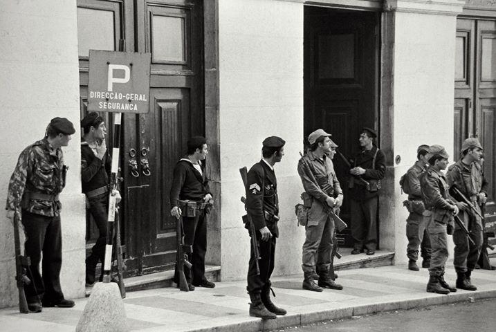 A idade da inocência: memórias a preto e branco_Alfredo Cunha