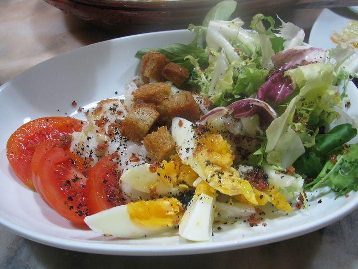 Formação OnLine-Salada de Bacalhau Azeite Negro Courtões de Pão