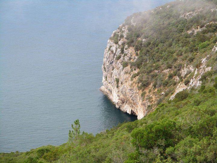 Grandes Caminhadas - do topo da Arrábida às Varandas do Risco