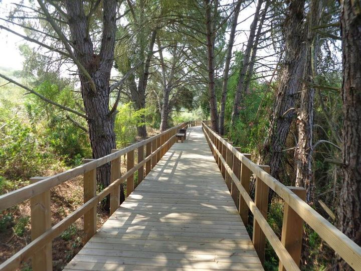 Caminhando nos Passadiços da Ribeira da Raia
