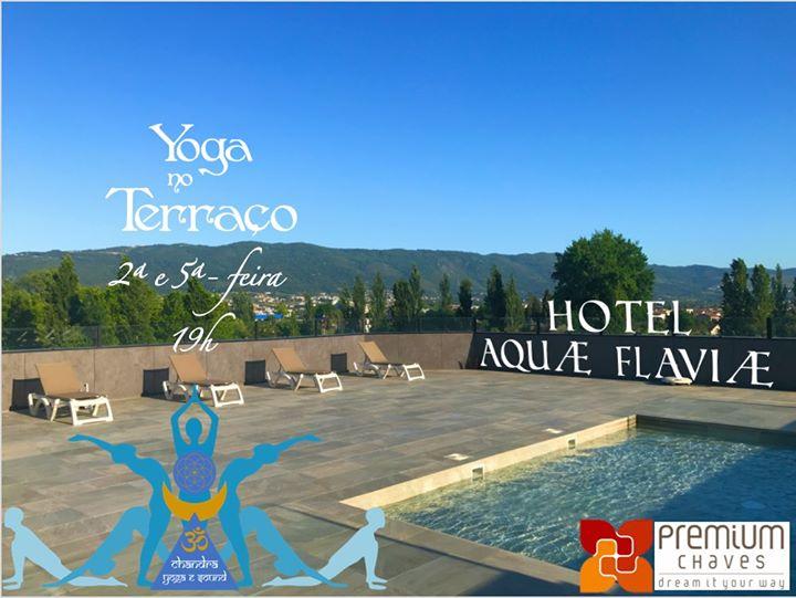 Yoga no Terraço com Chandra