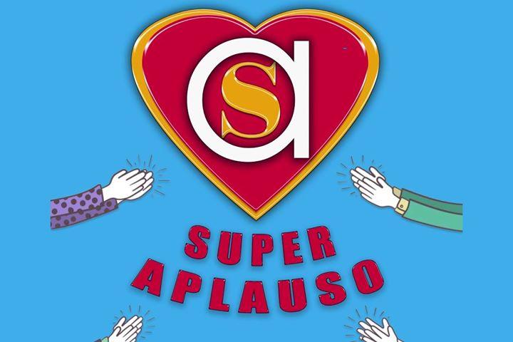 Teatro de Calle Familiar 'SuperAplauso' de Teatrapo producciones