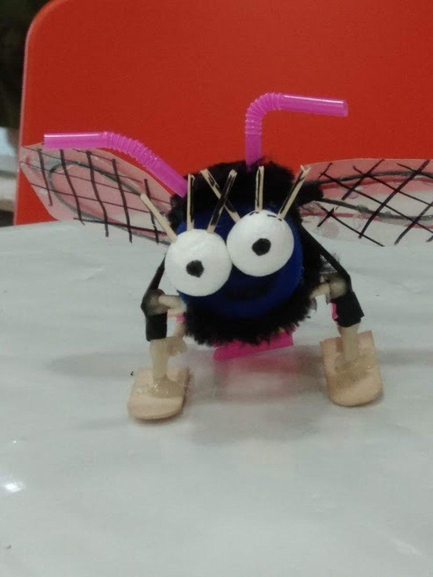 Põe a tua imaginação à prova e vem construir um Robô Simples