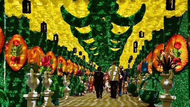 7 Maravilhas da Cultura Popular - Ruas Floridas de Redondo