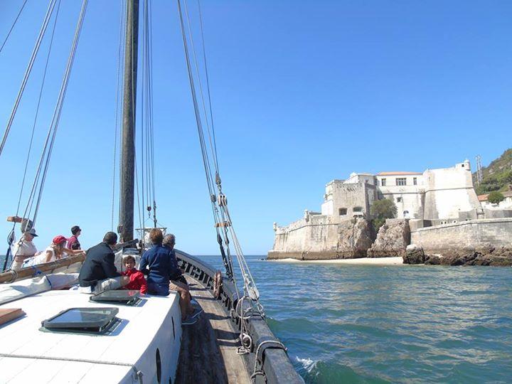 Boat tour in a Salt Galleon at Arrabida!