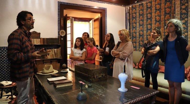 Visitas Encenadas à Casa Museu ...