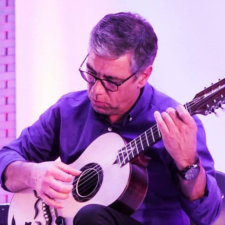 Os sons da música portuguesa com Luís Capela - viola braguesa