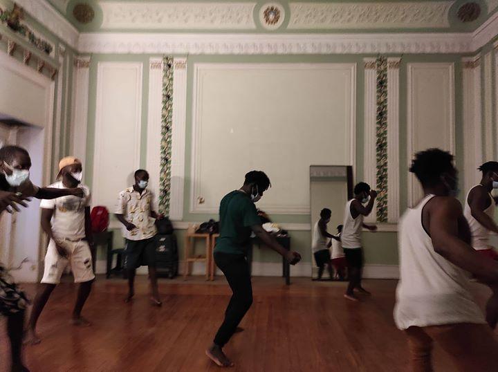 C'est Zo! - Mostra Colectiva de Dança ✿ Bairro em Festa 2020