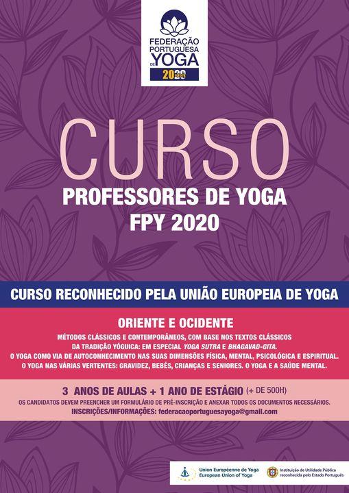Curso de Professores de Yoga