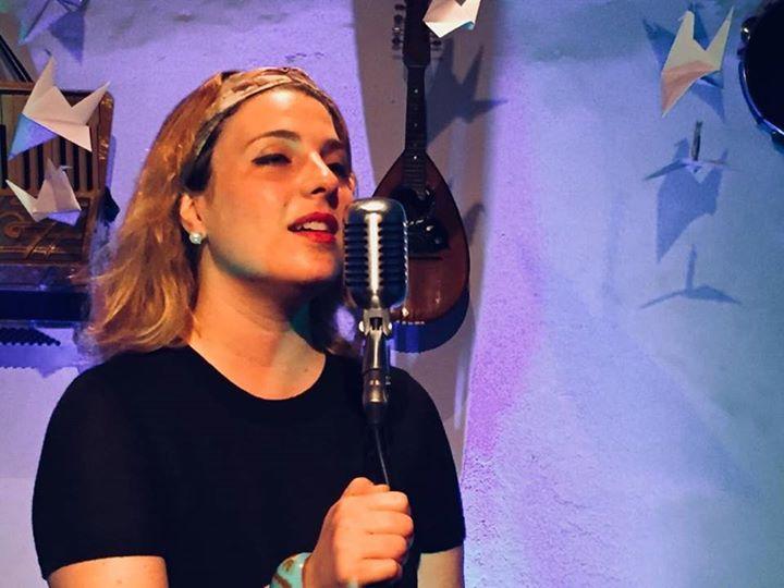 Aulas de Canto com Laila Libardoni