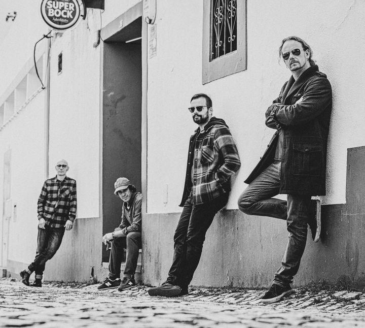 Stone Breaker // Estreia nacional do disco 'Hopes & Dreams'