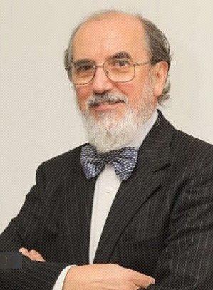 Medalha de Mérito em Gestão de Serviços de Saúde da OM para o Professor Carlos Oliveira