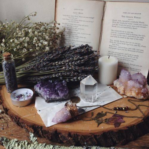 Comunicação e Divinação com Cristais - Workshop de Litomancia