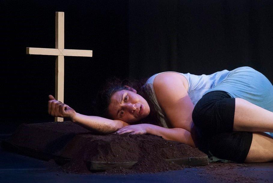 'Desumanização' - Teatro Art'Imagem