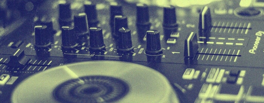 Young Dj Contest - Live Streaming // Concurso de DJ's