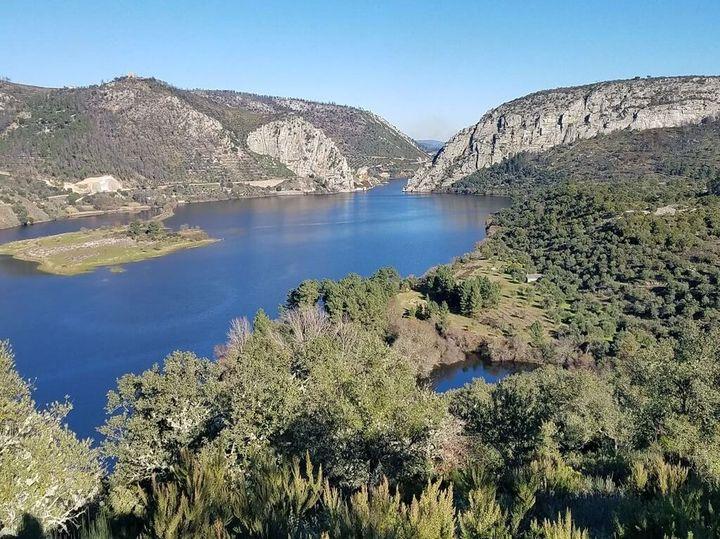 Caminhando em Miradouros e Arribas do Tejo