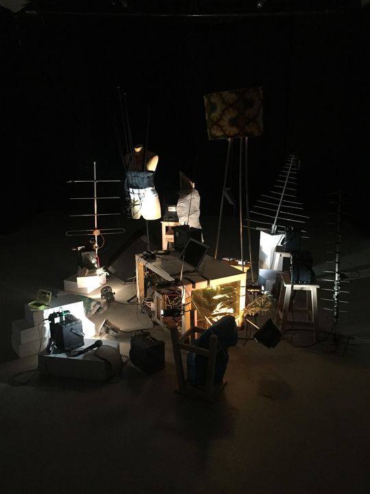 Retrô - instalação sonora | colectivo SAS orkestra de rádios