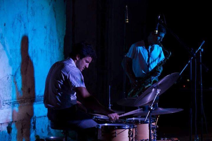LAMBDA - Peter Gabriel Duo