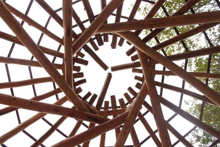 NATURAL BUILDING: ROUND WOOD TIMBER FRAMING WORKSHOP