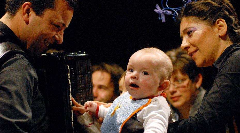 Concertos para Bebés   Bebés embalados por nocturnos de Chopin