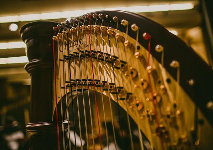 Uma Viagem ao Som da Harpa
