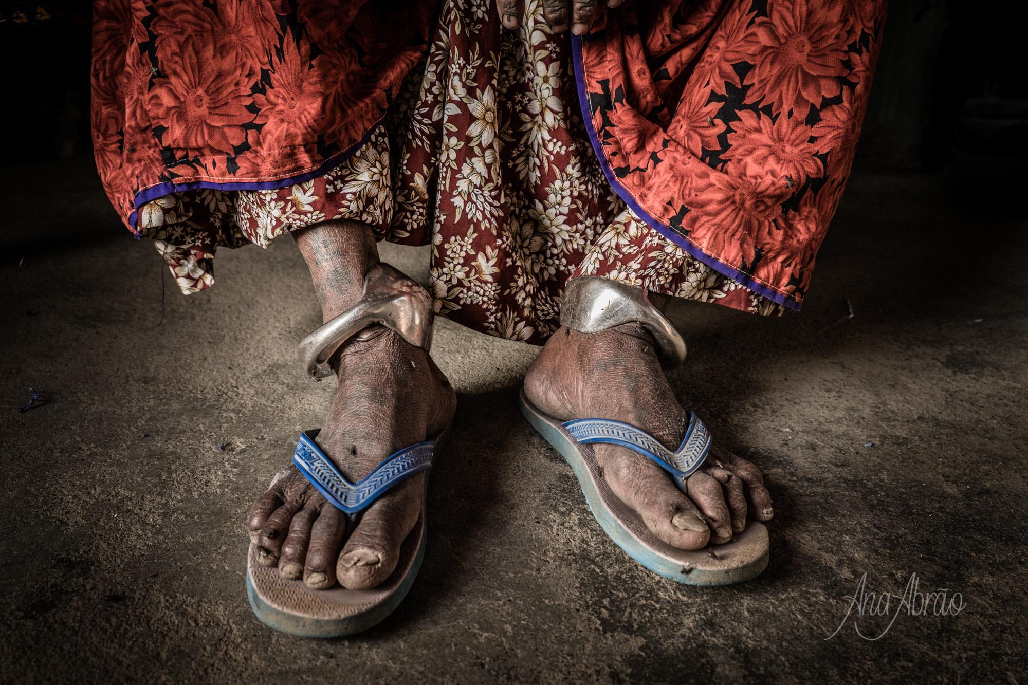 Conversa sobre um projeto fotográfico _ 'Outros Mundos' de Ana Abrão