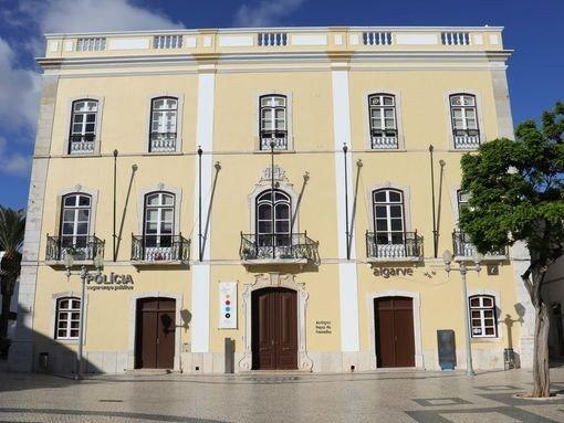 EXPOSIÇÃO COLETIVA PRALAC – LAC (Associação Cultural Laboratório de Actividades Criativas)