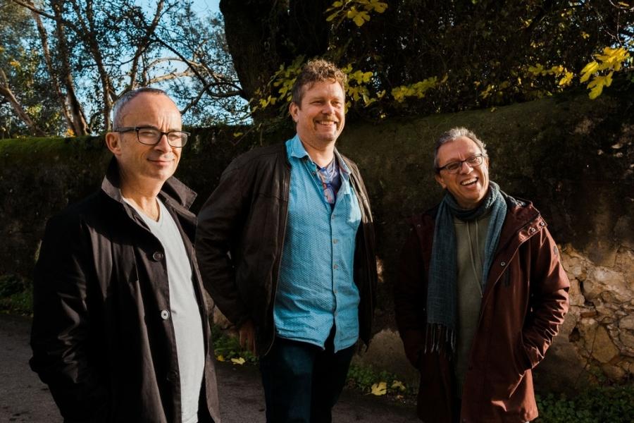 Lan Trio