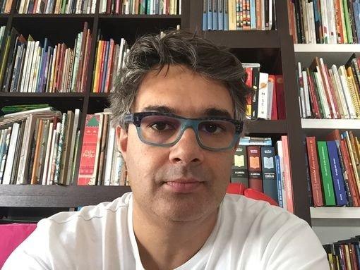 """FORMAÇÃO """"COMO EDITAR UM LIVRO: EDIÇÃO DE AUTOR"""", com Jorge Serafim"""