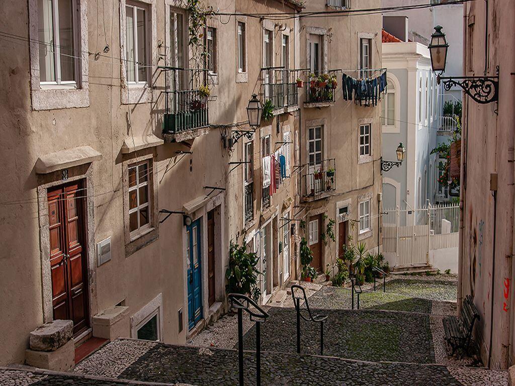 Tour fotográfico no Bairro do Castelo em Lisboa