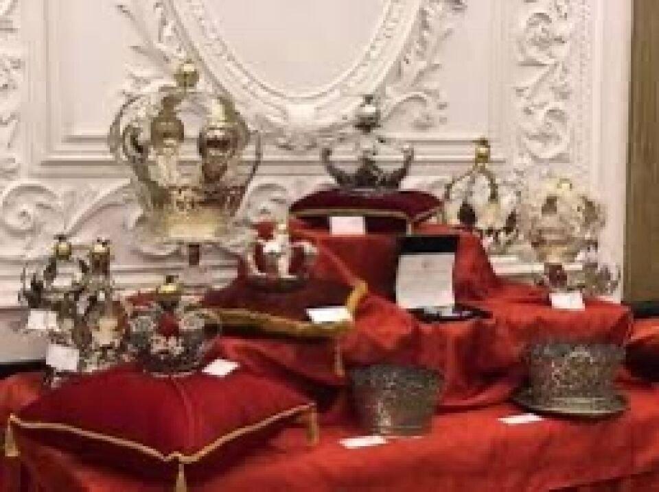Missa Solene e distribuição do Pão do Espírito Santo