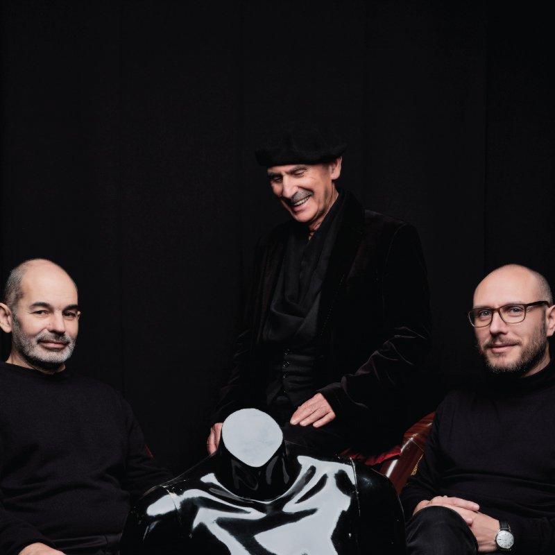 """Vitorino – """"Voz e Dois Pianos"""" com João Paulo Esteves da Silva e Filipe Raposo"""