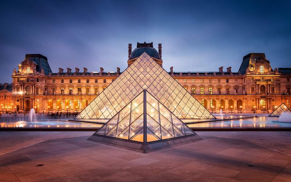 Museo Del Louvre (Online)