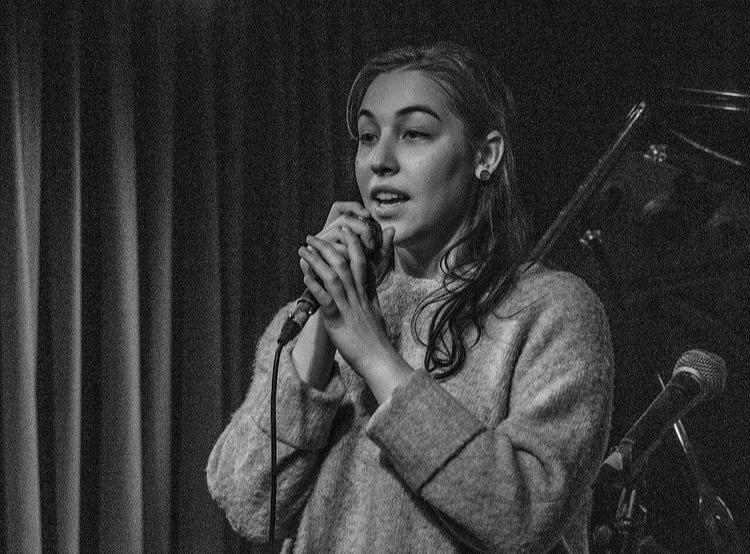 Sofia Sá 'Registo de canções fragmentadas'