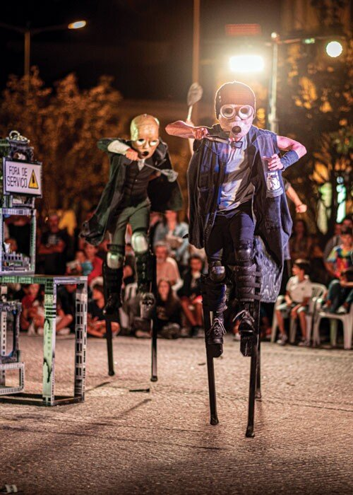 PIA - Projectos de Intervenção Artística apresenta O2 Performance