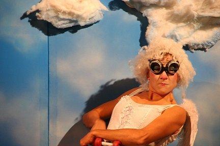 TENTÁCION DIVINA | Teatro Gestual - Clown e Aéreos