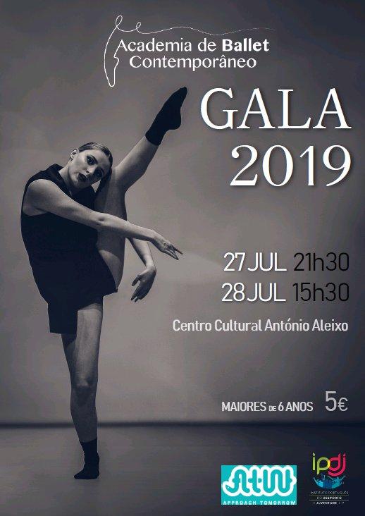 Espetáculo de Dança pela Academia de Ballet Contemporâneo de VRSA