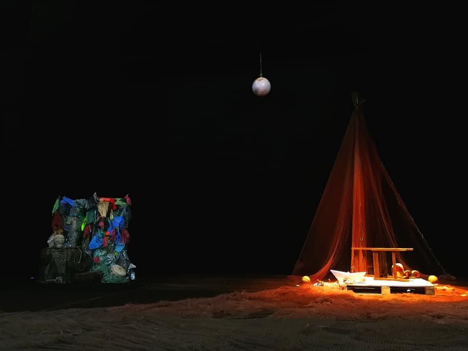 """""""A Ilha do Desamanhã"""""""