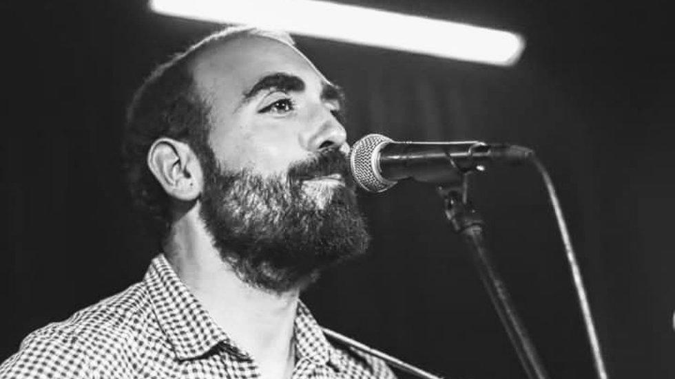 """Jorge Navarro presenta """"La alegría del naufragio"""" - RUCAB"""