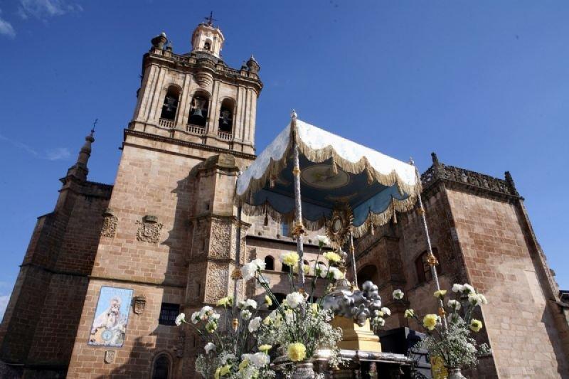 Misa y Procesión del Corpus Christi