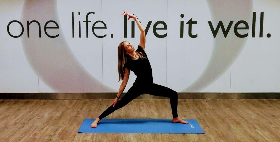 Hatha Yoga – Aula Regular – Segundas às 19h00