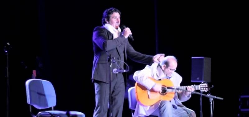 Actuación de Emilio Serrano
