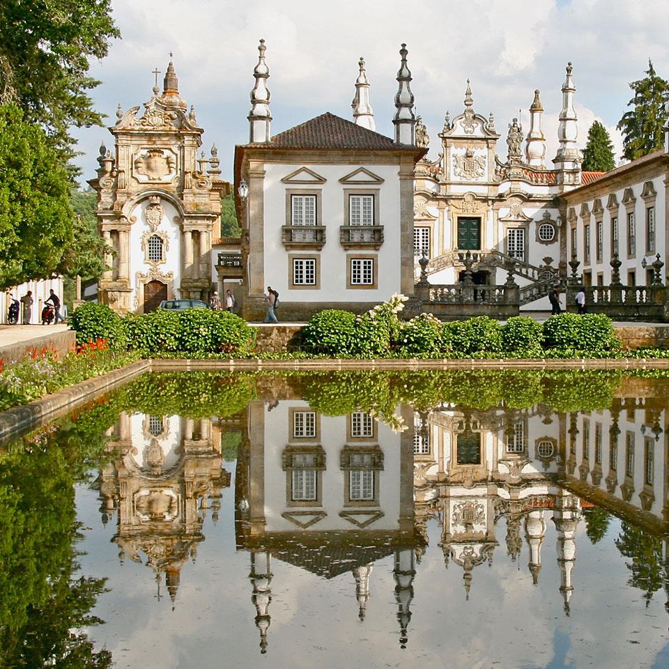 Casa de Mateus, Vila Real