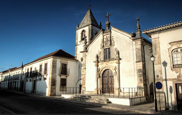 Rua Dr. Armando Gonçalves (Tentúgal) por Coursier